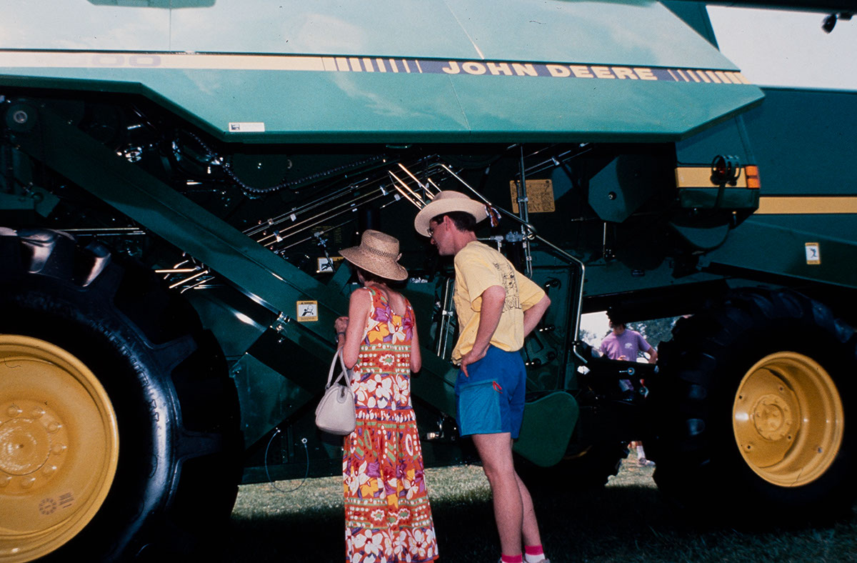Photo from the 1991 Festival of American Folklife