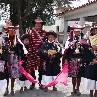 Language Communities - Quechua: The Los Masis Music Group from Bolivia