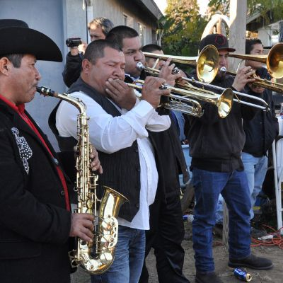 Sounds of California - Banda Brillo de San Miguel Cuevas