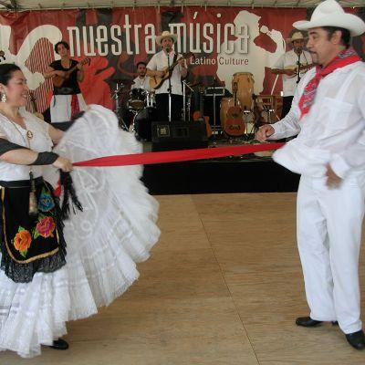 Nuestra Música: Latino Chicago