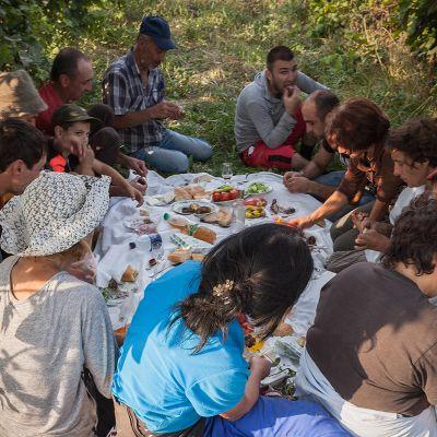 Armenia – Feasting